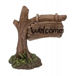 Welcome bordje aan tak