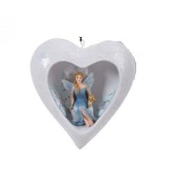 Fairy in een hartvormige sneeuwbal