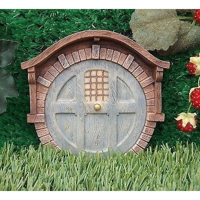 Bakstenen burcht fairy door