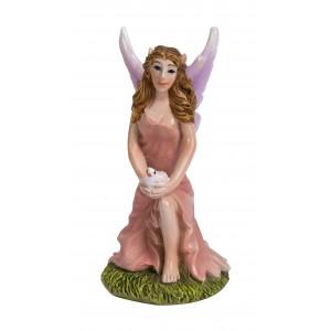 Fairy met duif, knielend, roze