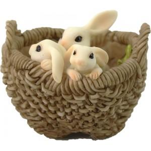 3 konijntjes in een mand